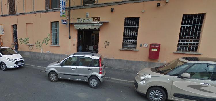 Negozio via Romualdo Bonfadini, 101